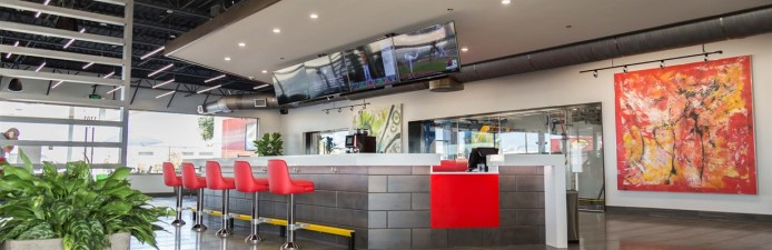 1230_400_TradeMark Car Wash Lobby